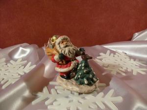 Tomte med julgran